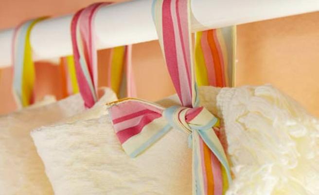 Como hacer cortinas de ba o sencillas y con pocos materiales for Como poner ganchos de cortinas