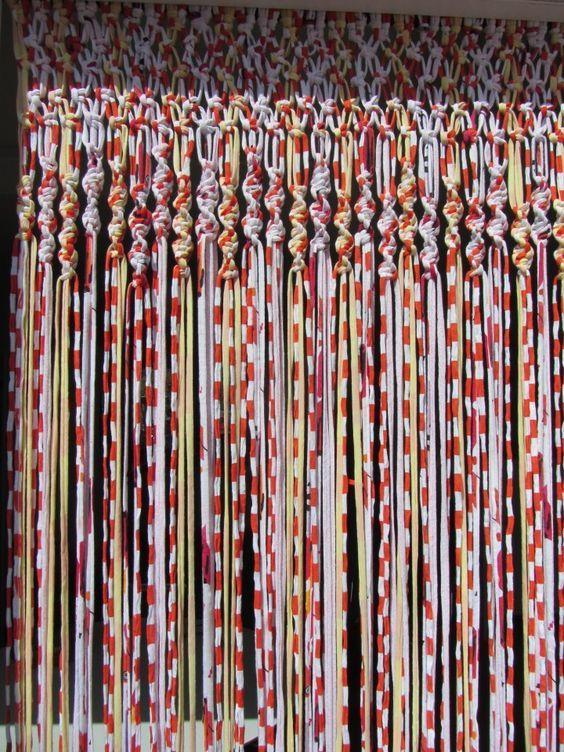 Como hacer cortinas de trapillo una tecnica sencilla y for Como hacer ganchos para cortinas