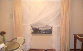 Cómo hacer visillos cruzados, con tela muy liviana para tu casa.